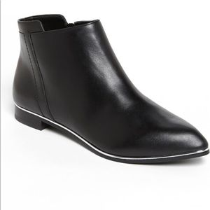 Kenneth Cole New York Catch Fast Bootie